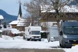 Op de camperplaats in Oberstdorf. Op de achtergrond de kerktoren in het centrum.