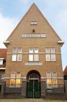 De Sint Antoniusschool (Mulo, vanaf 1968 Mavo) vlakbij de Veemarkt in Zwolle.