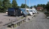 Aan de haven in Grisslehamn.