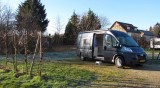 De camperplekken bij de wijngaard van de familie Huppert in Gundersheim