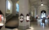 De hal en trappen van Dorotheum.