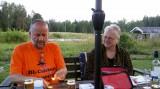 Bij Mikael en Anna achter de contestboerderij.