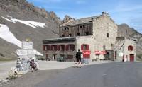 De oude herberg op de Col de lÍseran.