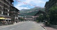 De hoofdstraat van Val d'Isere.