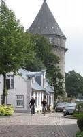 Steile straatjes voeren naar centrum van Bad Bentheim.