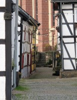 Een doorkijkje in de oude middeleeuwse straatjes.