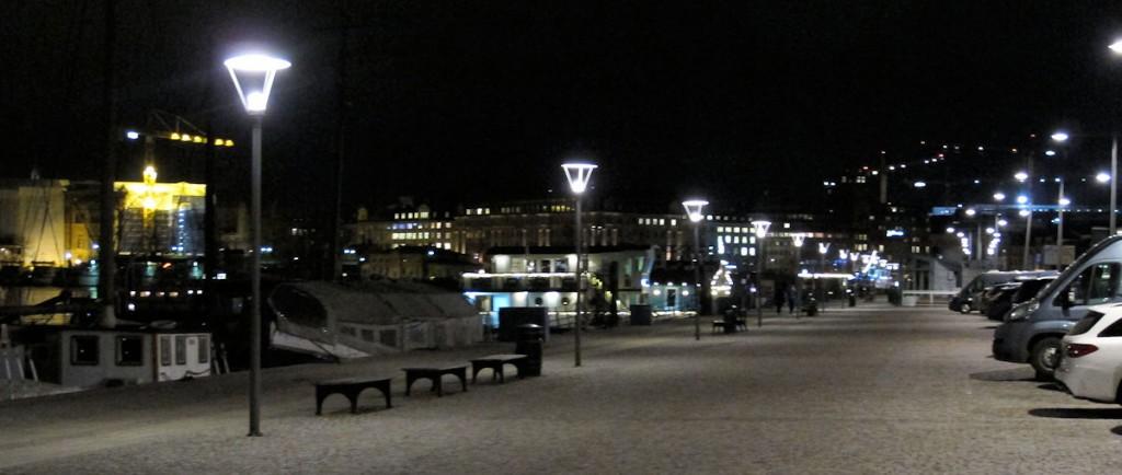 Geparkeerd op de boulevard Strandvägen, een van de mooiste plekjes van Stockholm én middenin de stad!