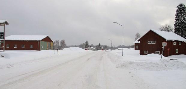 Van de weg is niet veel meer te zien... Dit is de E45, een internationale snelweg van Italie naar noord-Zweden!