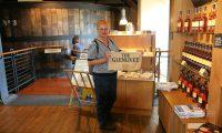 In de winkel van Glenlivet destilleerderij is uiteraard van alles te koop.