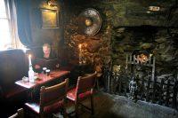 Een heel oude en wat spookachtige Inn...