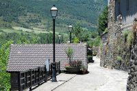 Aisa, het middeleeuwse dorpje. Net iets té mooi om pittoresque te zijn naar ons idee...