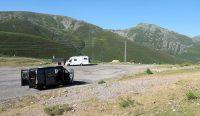 Onze overnachtingsplek op 1650m. hoogte. De andere camper is van een Zwitsers echtpaar.