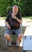 Zo, nu eerst een Bavaria! (IJskoude witte wijn, in dit geval...)