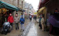 De straatjes zijn minder leuk met regenachtig weer...