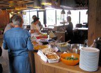 Het door de deelnemers zélf bereide lunchbuffet!
