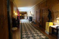 Het huis is in de jaren '50 van de vorige eeuw opnieuw aangekleed door de kunstenares Maud Russell.