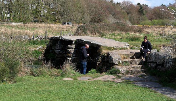 De 'clapper bridge' uit de 13e/14e eeuw.