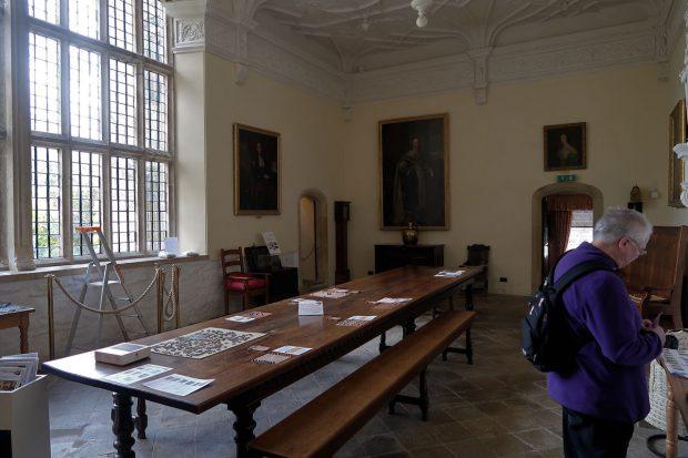 """De """"Great Hall"""" maakt een onmiskenbare middeleeuwse indruk. Bijzonder plafond en vensters!"""