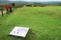 De 4000 jaar oude grafheuvel.