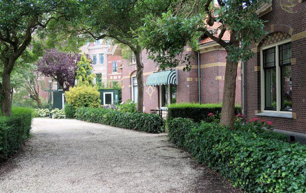 Het Snouck van Loosenpark.