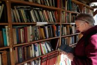 Hay, het boekenstadje. In de kasteeltuin.