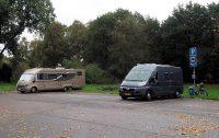 De camperplaats in Paffenburg, nadat er al een aantal 'buren' zijn vertrokken.