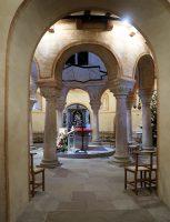 Interieur van de naastgelegen Sint-Michaëlskerk.