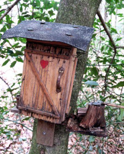 De geocache. Een vogelhuisje?