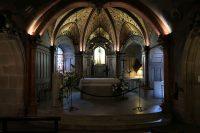 Het altaar met het beeld van de zwarte Maria.