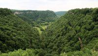 Het uitzicht, vanaf het plateau, op Ladoye-sur-Seille en Blois-sur-Seille.