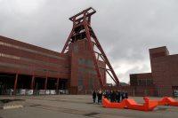 De imposante lifttoren, de schachtbok, van Zolle Zechverein.