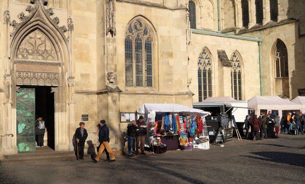 Markttentjes voor de Münstener Dom.