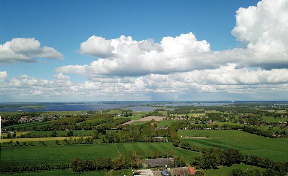 Een blik vanuit de drone over het Zwarte Meer.