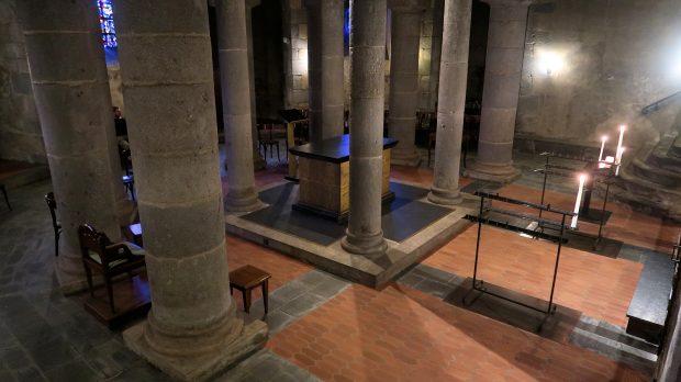 De crypte, de ondergrondse ruimte onder het koor.