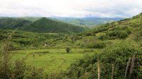 een plaatje onderweg van het landschap in de Auvergne.