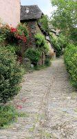 Conques: een mooi 'groen' straatje.