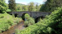 De 900 jaar oude Pont St. Etienne de Caval.