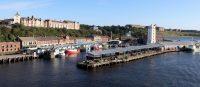 Op de rivier de Tyne, op weg naar de aanlegplaats.