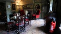 Culross Palace. De vloeren, wanden en plafonds: alles van Baltisch naaldhout.