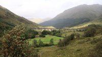 Het beroemde Glenfinnan spoorwegviaduct uit de Harry Potterfilms.