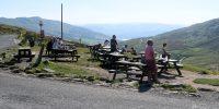 Onderweg op de Kirkstone Pass in het Lake District, hier bij de 17e eeuwse Kirkstone Pass Inn.