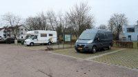 Op de keurig verzorgde (gratis) camperplaats in Monheim, mét WiFi(!) Voor € 1,00 krijg je tevens 10 uur stroom..