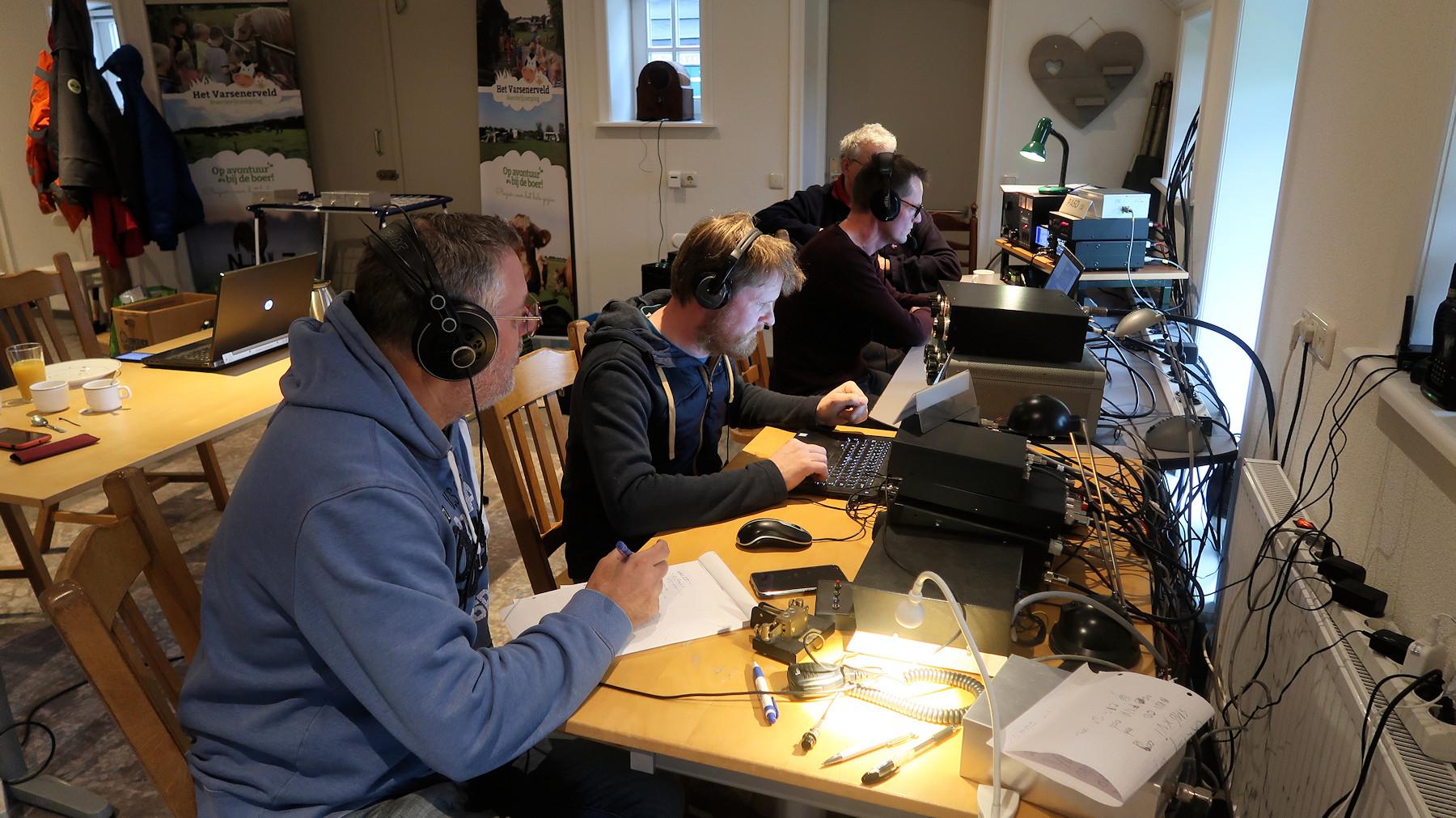 Hans, Joris, Herman en Joeri aan het werk!