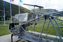 De 1-persoons cockpit, de man erachter kon indien nodig staand schieten.
