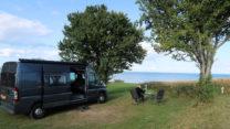 Camping aan zee mét schitterend uitzicht.
