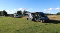 Op de Krywilligardcamping. Met 4 campers, 2 uit Duitsland en 2 uit Nederland, is het er niet druk!