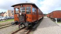 Prachtige oude trein. Dieselmotor met radiator op de neus?