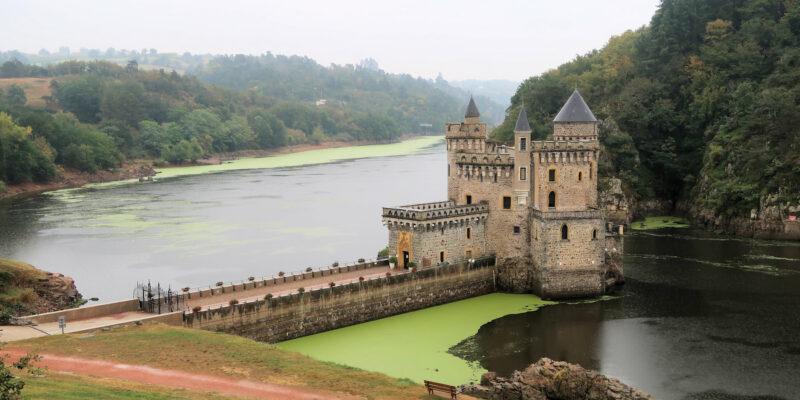 Het Chateau de la Roche in de Loire.